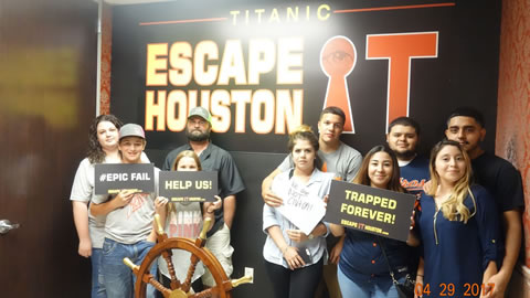 Team Clutch played Escape the Titanic on Apr, 29, 2017