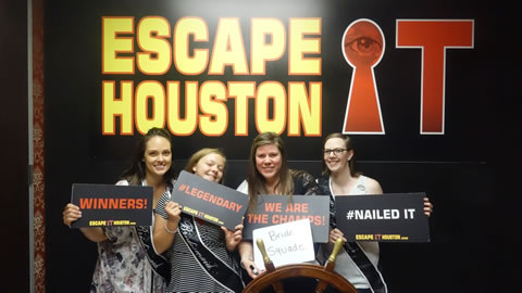 Bride Squad played Escape the Titanic on Oct, 7, 2017