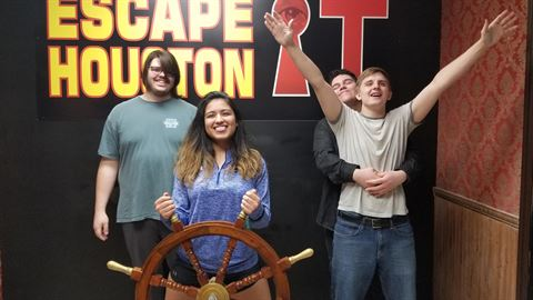 Dips part 2 played Escape the Titanic on Mar, 19, 2020